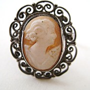 Vintage Carved Shell CAMEO Ring Silver Tone - Sz 7/7 1/2