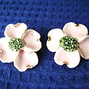 Handmade Vintage Ceramic Flower Clip Earrings - Pink