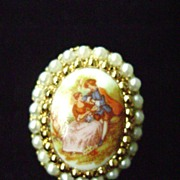 Large Vintage Picture Cameo w/Faux Pearls -Adjustable Ring