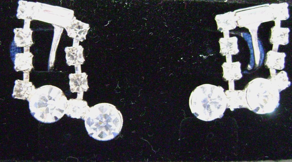 Rhinestone Music Note Screw Back Vintage Earrings