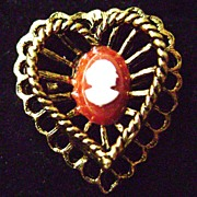 Cute Costume Adjustible Heart Shaped Ring w/Cameo