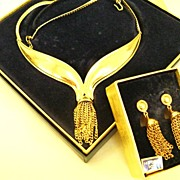Vintage 1972 AVON Royal Tassel Demi - Necklace & Earrings - NOS