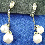 Gorgeous Dangling Faux Pearls w/Rhinestone Clip Earrings