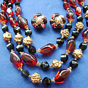 Vintage W.GERMAN Red, Gold, Black Beaded MultiStrand w/Cluster Clips