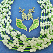 Vintage Japan Plastic Beaded Multistrand w/Earrings Green & White