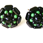 Beautiful Vintage Japan Black & Green Glass Cluster Screw Back Earrings