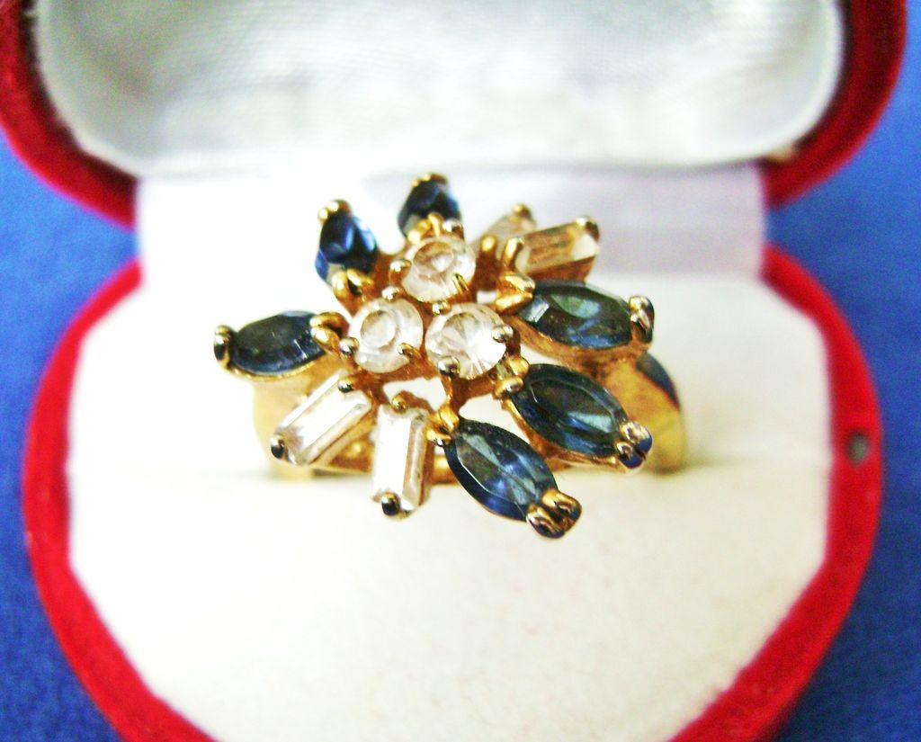 Costume Rhinestone Ring - Spray of Stones, Blue & Clear Baguettes