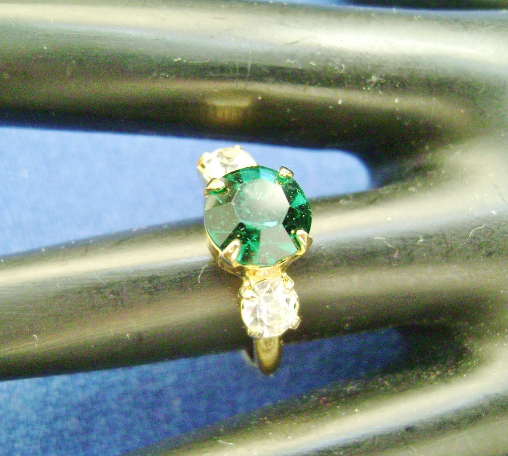 NOS Vintage 3-Stone Adjustable Green & Clear Rhinestone Ring