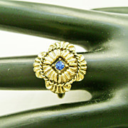 Pretty Vintage Gold Tone Byzantine Cross Ring w/Blue Rhinestone