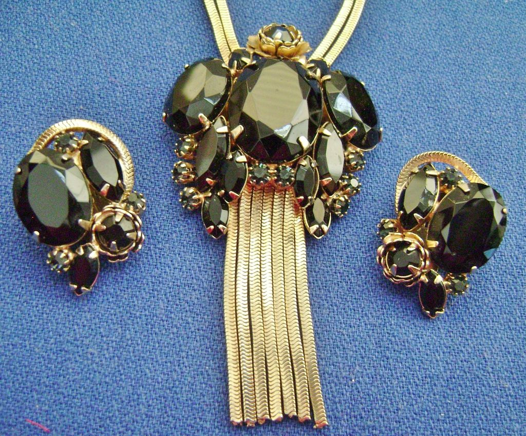 Amazing Vintage Black Rhinestone Tassel Pendant & Earring Demi