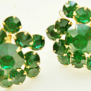 Gorgeous Green Rhinestone Vintage Screw Back Cluster Earrings