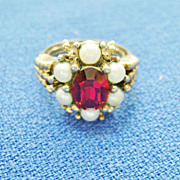 Vintage AVON Costume Ring - Red Stone & Faux Pearls  Size 5