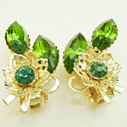 Gold Tone Vintage Green Rhinestone Flower Clip Earrings - Czech