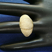 Textured Gold Tone Vintage Avon Ring - Size 5