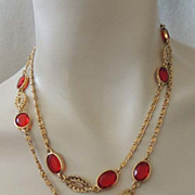 "BEZEL SET Lipstick Red Lucite Vintage 36"" Gold Chain Necklace"