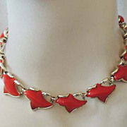 Red THERMOSET Vintage Choker Necklace