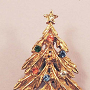 ART Vintage Signed Rhinestone Christmas Tree Brooch