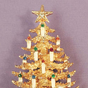 ART Vintage Rhinestone Christmas Tree & Candles Brooch