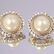 CAROLEE Vintage Pearl Rhinestone Button Earrings Signed