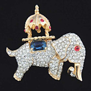 DeNICOLA Vintage Elephant Brooch - Stunning!