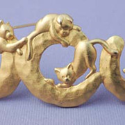 SALE PENDING JJ Vintage Playful CATS Brooch