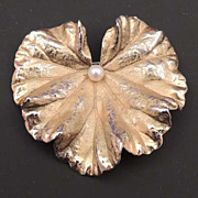 NAPIER Vintage STERLING Ginkgo Leaf Brooch with Cultured Pearl Signed