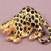 PARKLANE  Spotted Leopard Cat Brooch