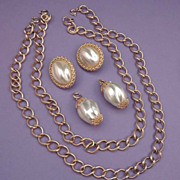 FABULOUS SARAH COVENTRY Baroque Pearl Necklace Earrings Set MUST SEE! Vintage Signed