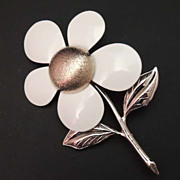 SARAH COVENTRY Vintage Enamel Gold Spring Flower Brooch