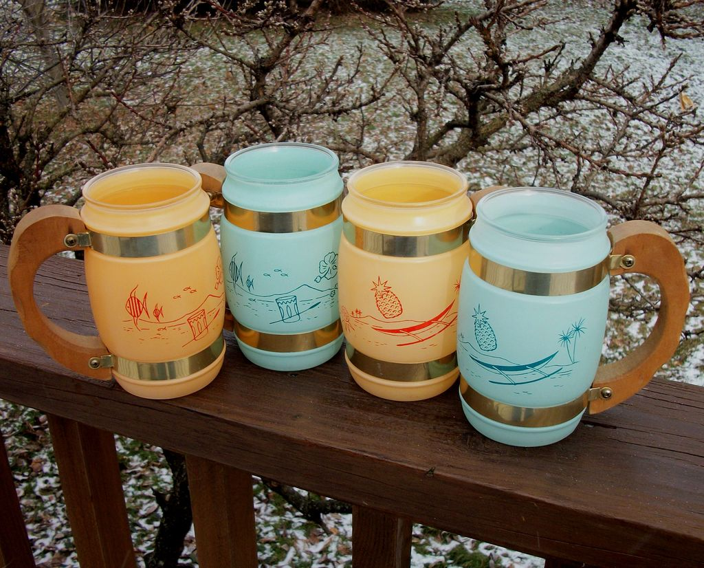 4 Tiki Bar Siesta Ware Mugs, Colorful!