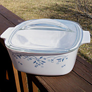 Corning Ware 1.5 Quart Lidded Casserole, Promotional Blue Floral