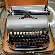 Vintage Remington Rand Manual Typewriter