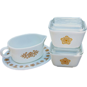 Pyrex Refrigerator Dishes And Gravy Boat With Liner, Butterfly Gold