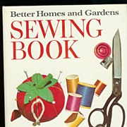 Vintage 1970 Better Homes and Gardens 5-Ring Binder Sewing Book