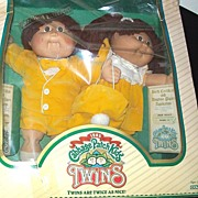 Free Continental U.S. Shipping - Limited Edition 1985 Coleco Cabbage Patch Doll Twins Signed .
