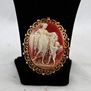 FREE SHIPPING SALE 1960's 1960s Gold Tone Carved Cameo Lady w Angel Romantic Plastic Pin Brooc