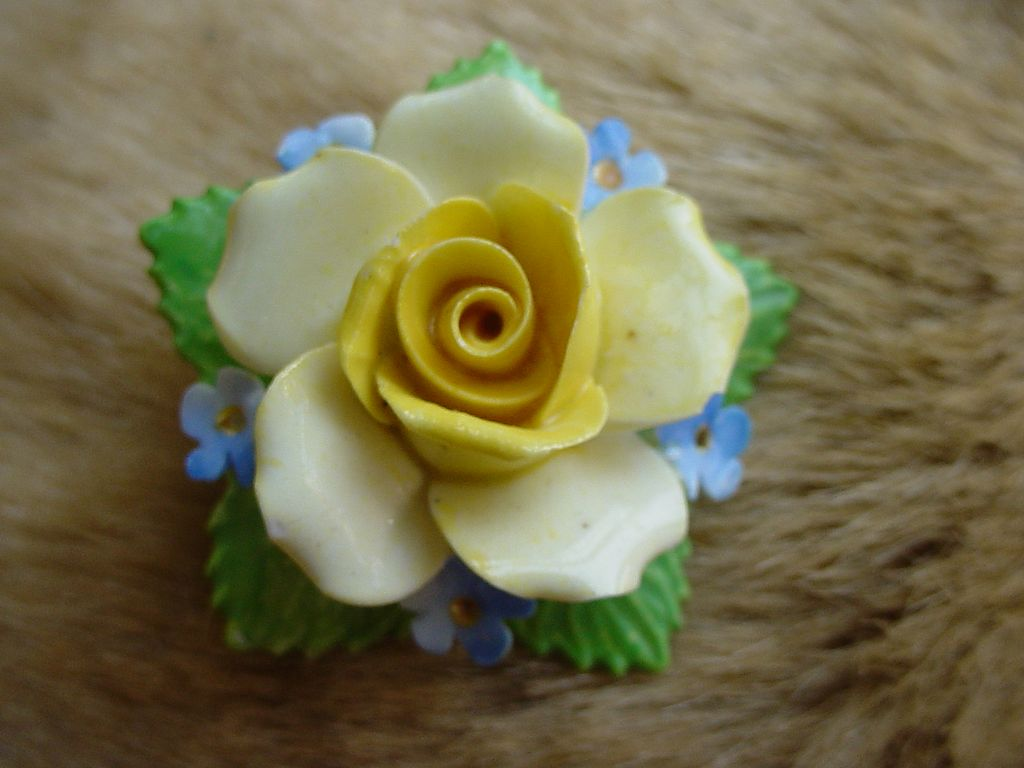 Denton English Bone China Flower Pin
