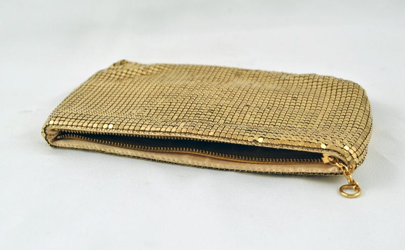1950s 1950s Vintage Designer Duramesh Made in USA GOLD Mesh Clutch