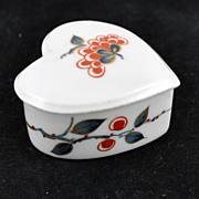 FREE SHIPPING 1950's 1950s French Limoges Porcelain Porcelaine De Paris Heart Trinket Box