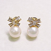 Vintage Pearl and Diamond Bow Earrings 18K Yellow Gold
