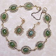 Vintage SET Jade Bracelet & Earrings 14k Yellow Gold
