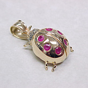 Vintage 14k Gold LADY BUG Pendant Ruby & Diamond Accent