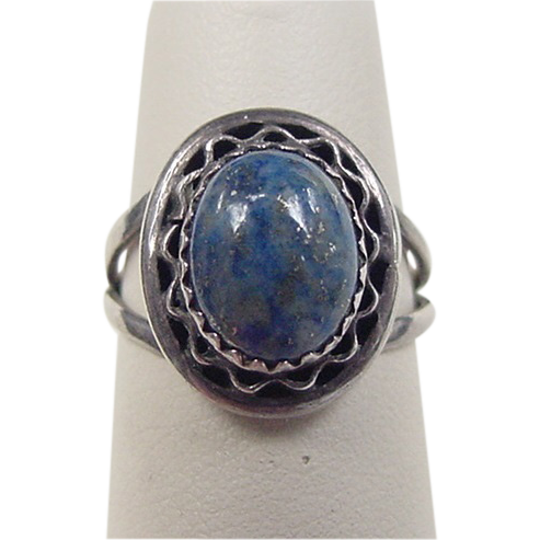 vintage sterling silver lapis lazuli ring from