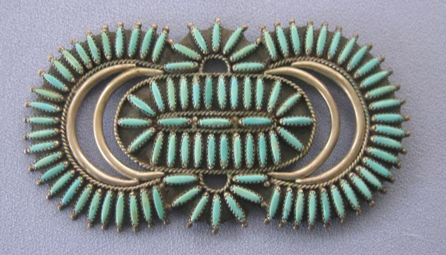 Massive ZUNI Petit Point Pin