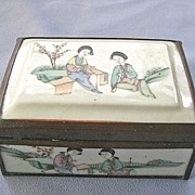 SALE Antique Chinese Figural Porcelain Box