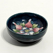 Small Moorcroft bowl  columbine pattern