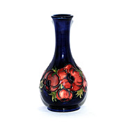 Small Moorcroft vase  anemone