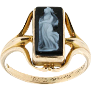 SALE 10K Yellow Gold and Black & White Stone Cameo Ring