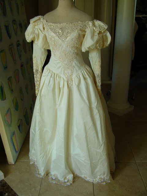 Vintage off white taffeta off the shoulder wedding dress lace and faux