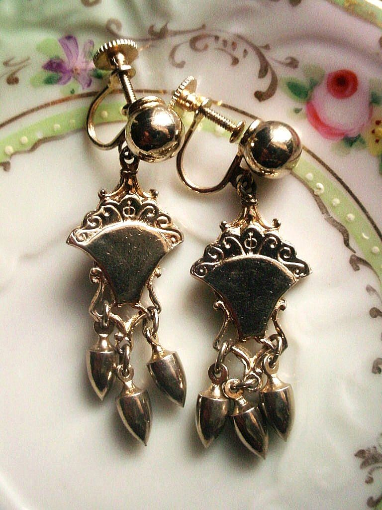Vintage Screw Back Earrings Victorian Style Drops